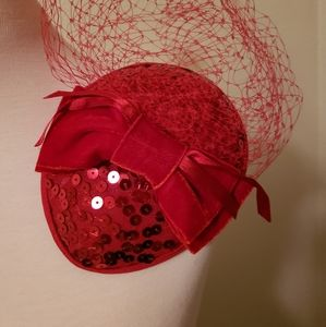 Red flat small vintage retro half calot hat